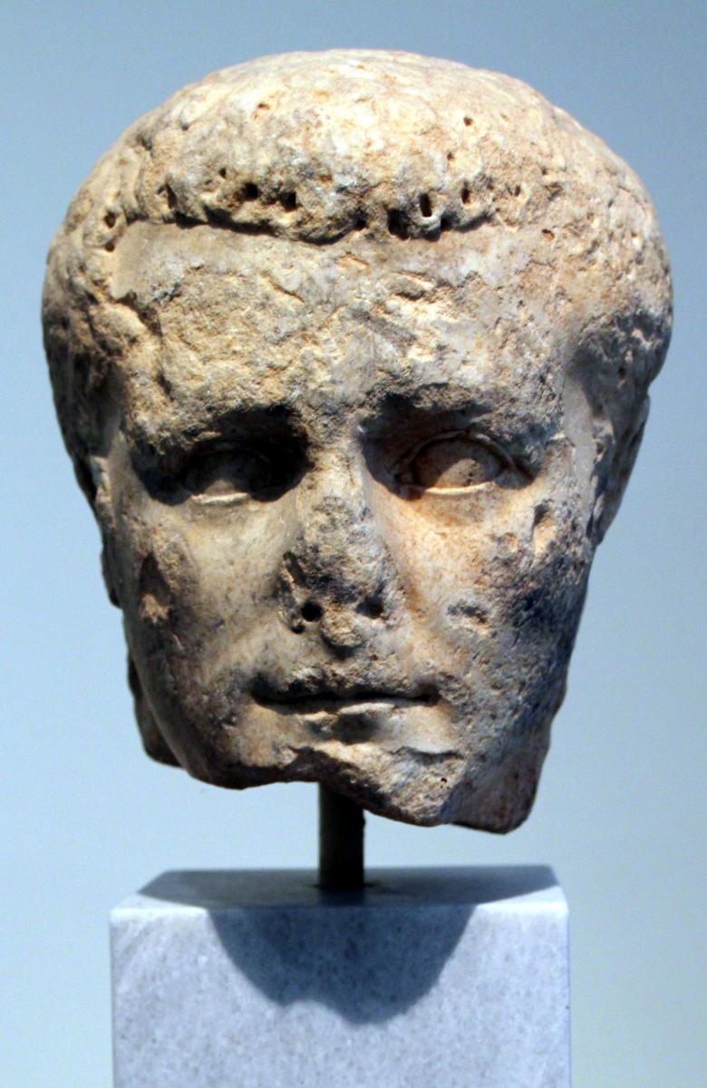 Caligula 31. elokuuta 12 – 24. tammikuuta 41